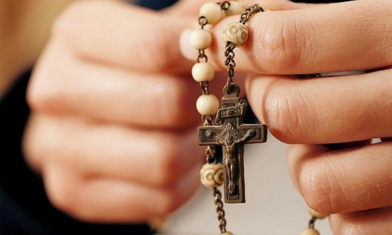 Prečo sa modliť ruženec?